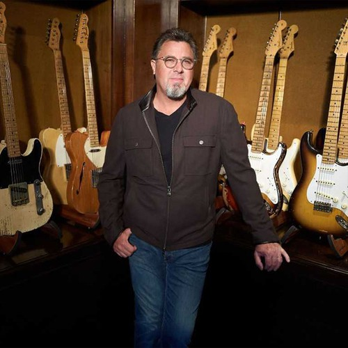 Listen to Vince Gill (Holiday